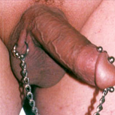 Hafada piercing connected to Reverse PA jewelry with a chain